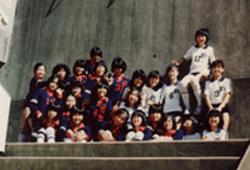 横浜雙葉中・高等学校ではバレー部に入部